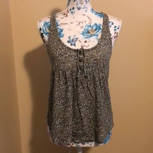 Aerie floral tank w/ brass buttons & tie sz medium